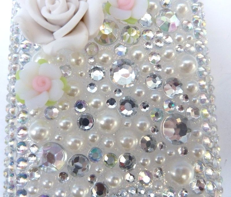 Coque iphone  blanc irisé coeur 3g 2
