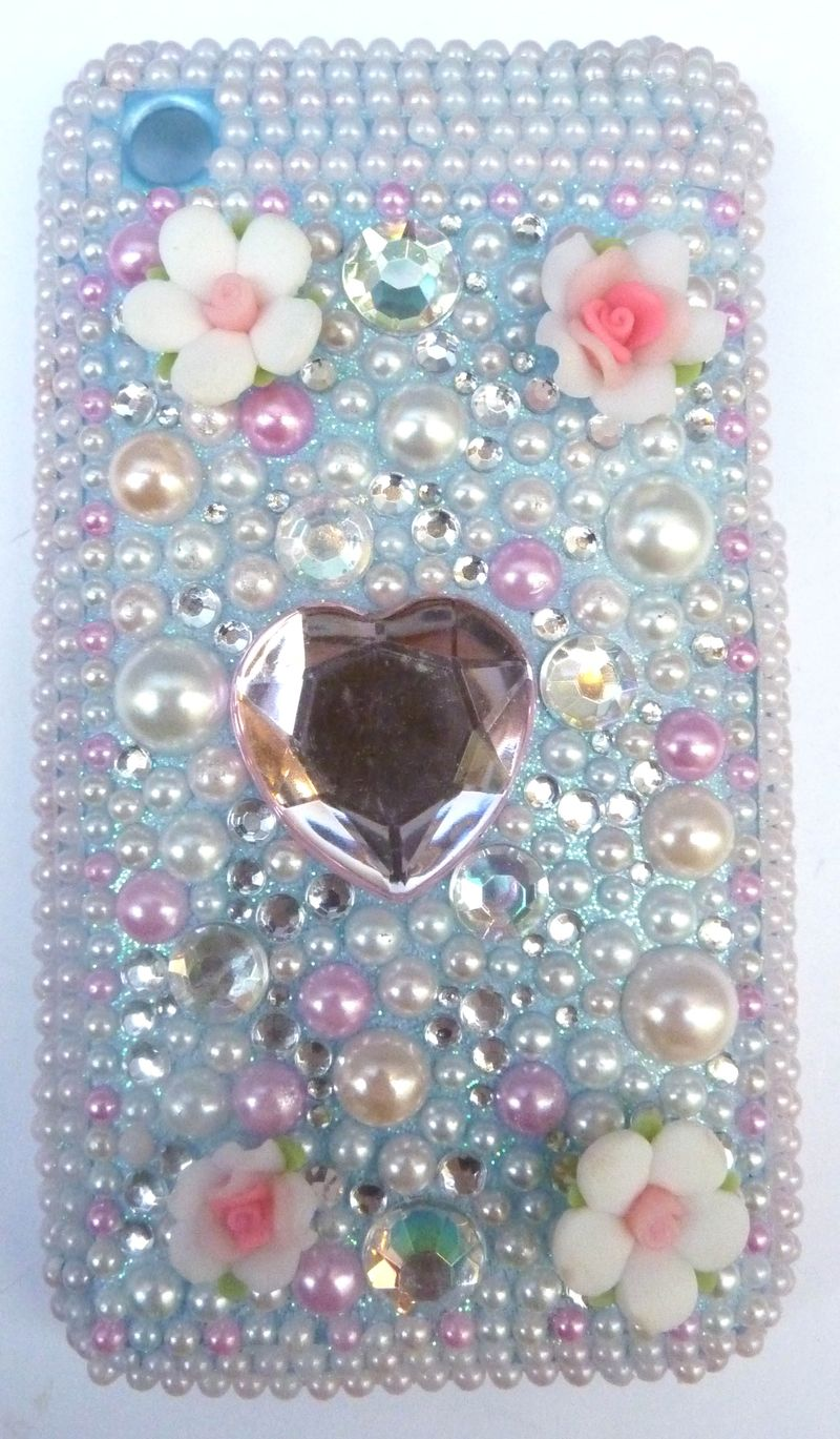 Coque iphone  blanc rose coeur 3g 1